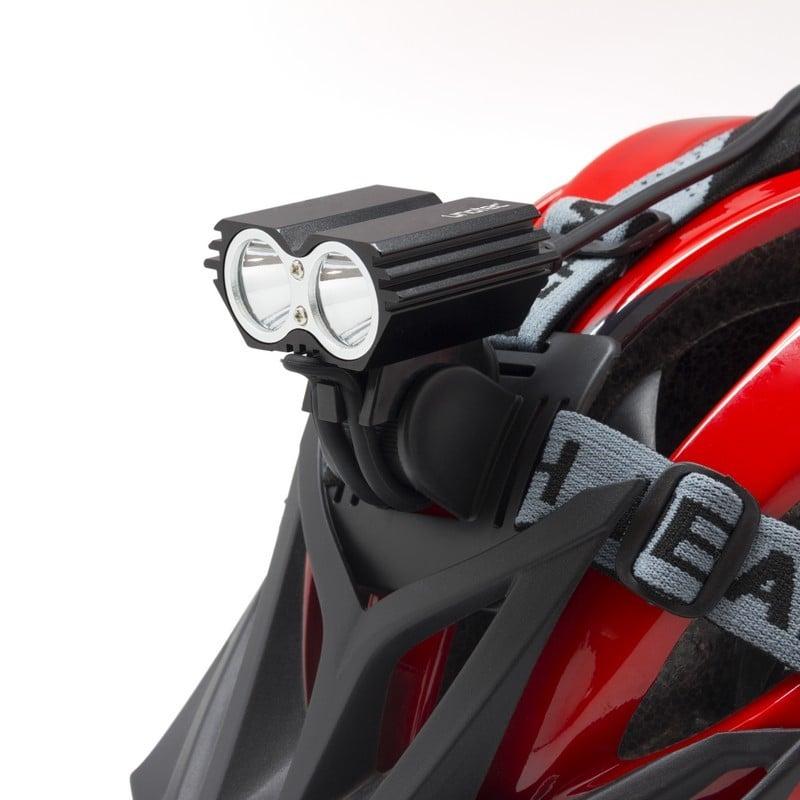 d07a96867 Unotec Foco LED para Bicicleta y Casco 2400 Lúmens