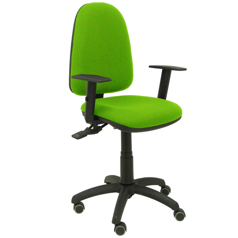 silla oficina verde con ruedas