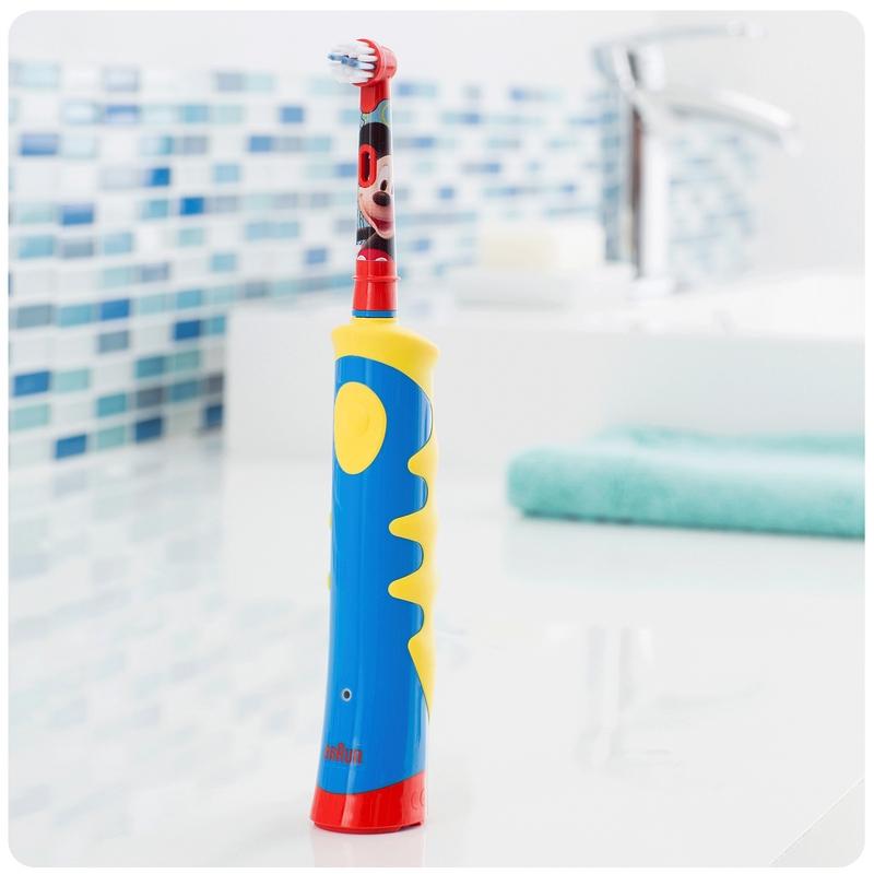 Braun Oral-B Kids Power Mickey Mouse Recargable para Niños de96dd864fb3