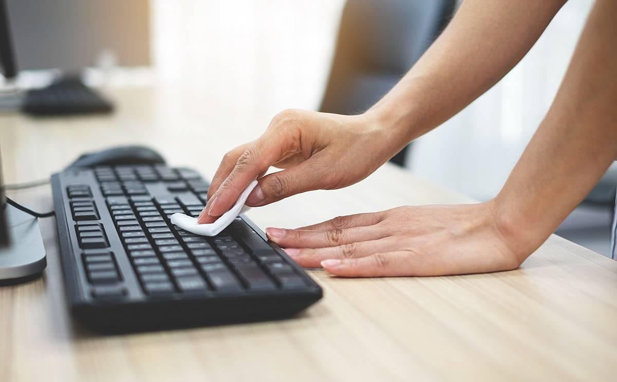 limpiar el teclado del ordenador